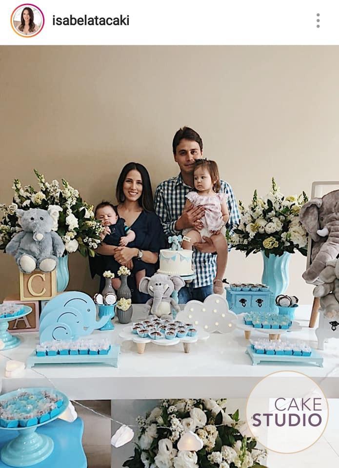 Bolo de Elefantinho para o batizado do filho de Isabela Tacaki, apresentadora do BandNews. Feito por Cake Studio ( contato@cakestudio.com.br | Whatsapp: (11) 96882-2623 )