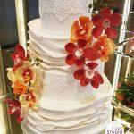 Bolo de casamento 4 andares com orquídeas. Feito por Cake Studio ( www.cakestudio.com.br | contato@cakestudio.com.br )
