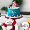 Bolo bebê surfista para festa de mesversário tema praia para filha de Paloma Tocci. Feito por Cake Studio ( contato@cakestudio.com.br | Whatsapp: (11) 96882-2623 ).