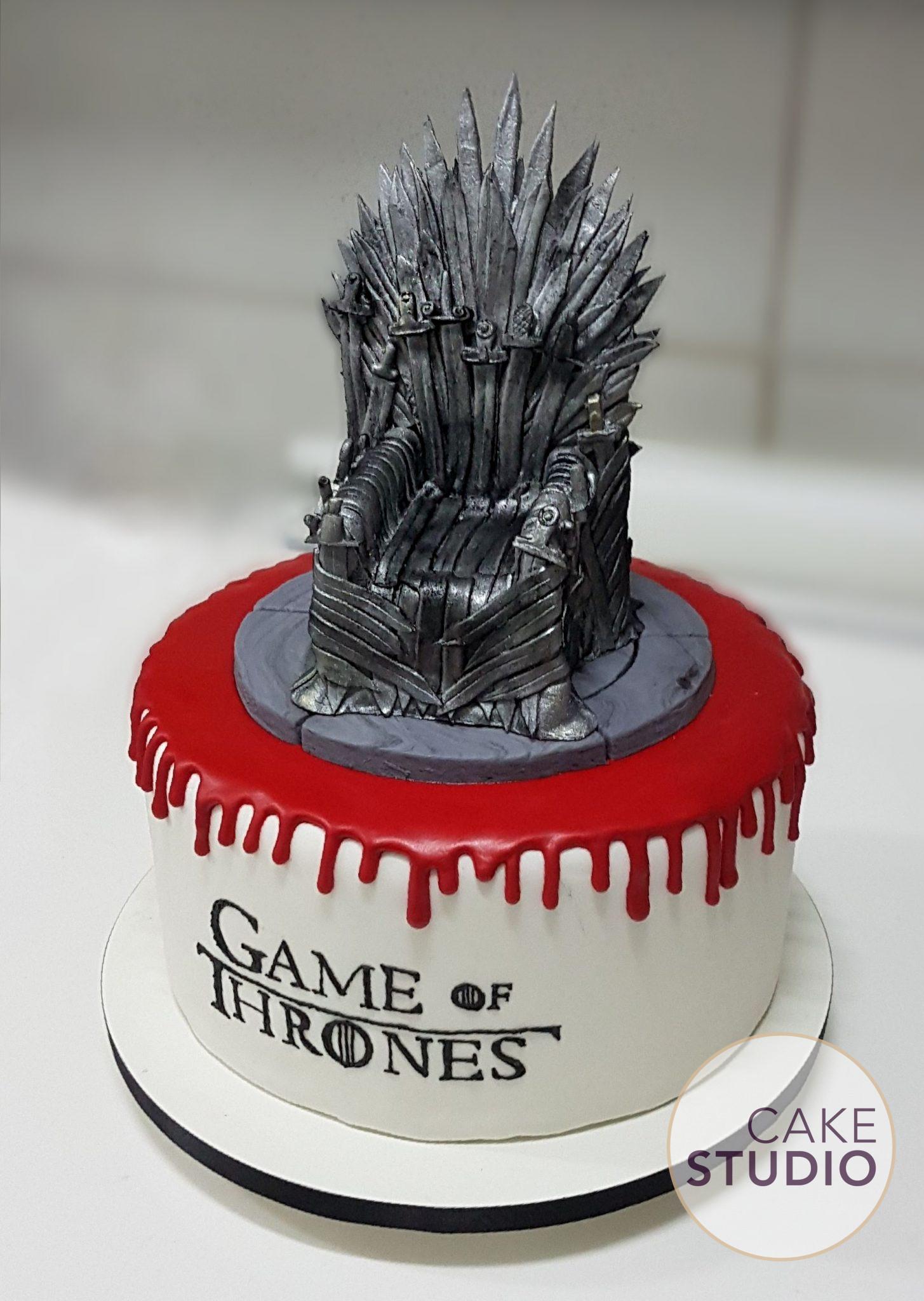 Bolo Game of Thrones feito por Cake Studio ( contato@cakestudio.com.br | Whatsapp: (11) 96882-2623 ).