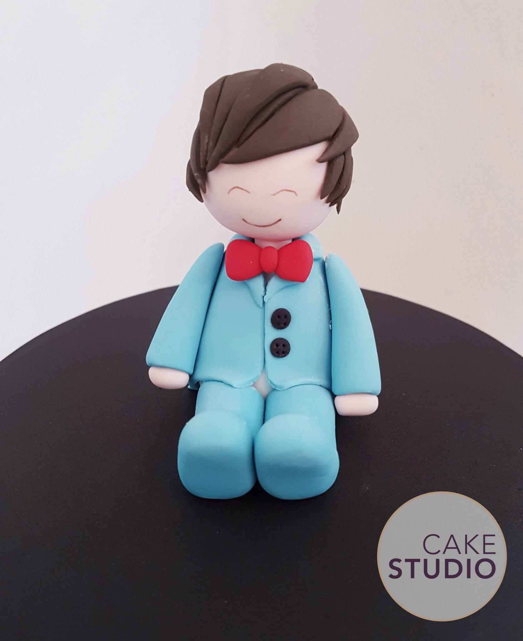 Bolo decorado BTS Army Kpop. Feito por Cake Studio (contato@cakestudio.com.br | Whatsapp: (11) 96882-2623 )